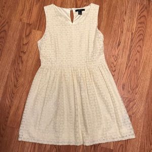 Forever 21: Pale Yellow Lace Dress